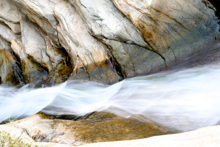 Fluss im Song Shan Gebiet.