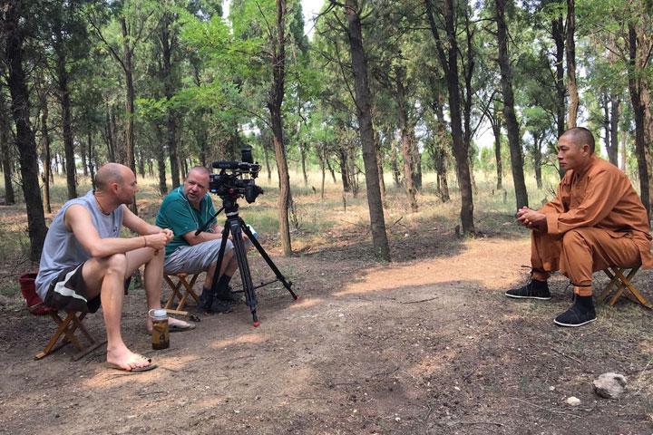 Dokumentarfilm über Shi Xing Long - Gespräch mit seinem Meister Shi De Feng