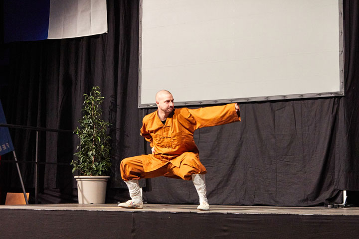 Feuerwehr Agathafeier - Kung Fu Darbietung.