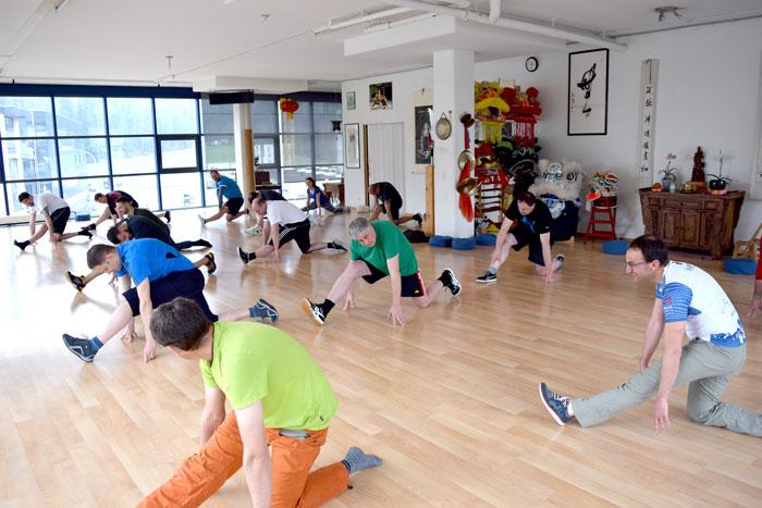 Spagat Training Gruppe.