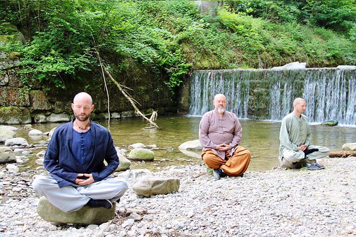 Shooting mit Shaolin Kung Fu Meistern Shi Xing Long, Shi Yong Wen und Shi Yan Jia.