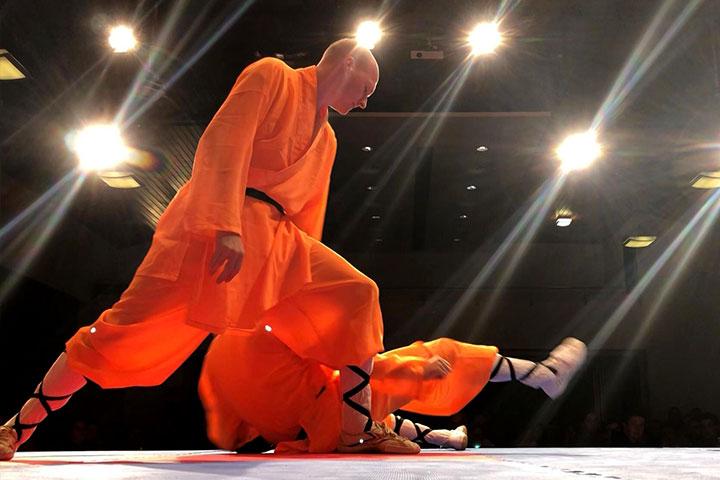 Eine Aufführung für die Krieger AG. - Kung Fu Techniken.
