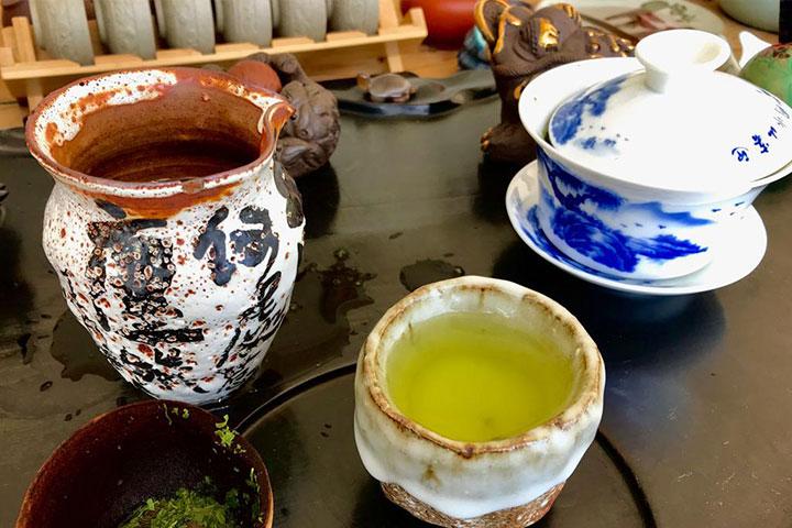 Die Teeutensilien